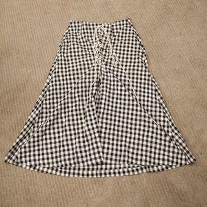 Past knee gingham skirt